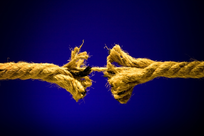 bigstock_Frayed_Rope_Breaking_2931274